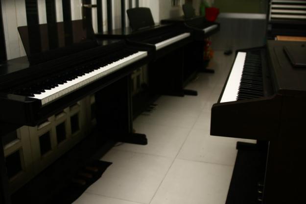 dan-piano-dien-cu1
