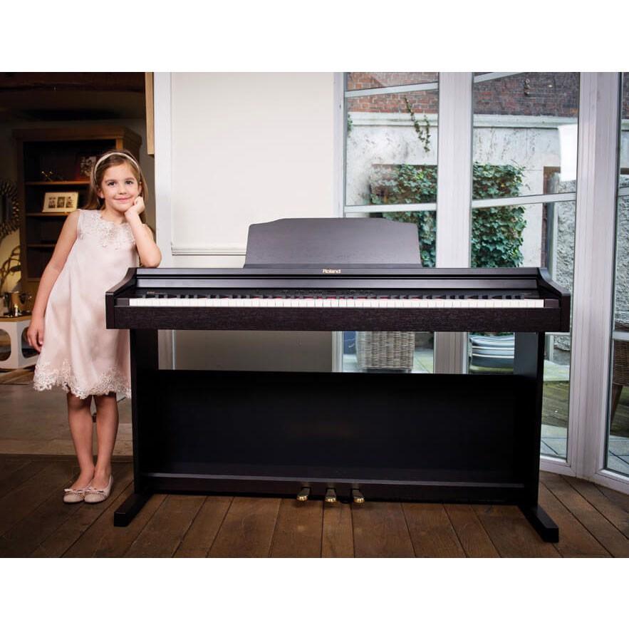 Cùng tìm hiểu 5 bước review có âm thanh và bàn phím tốt của digital piano