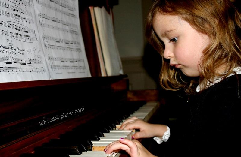 Độ tuổi nào nên bắt đầu học đàn piano? 1