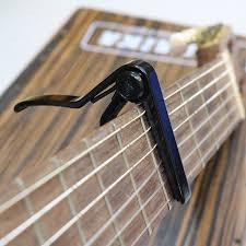 Sử dụng capo đàn guitar cần lưu ý điều gì? 2